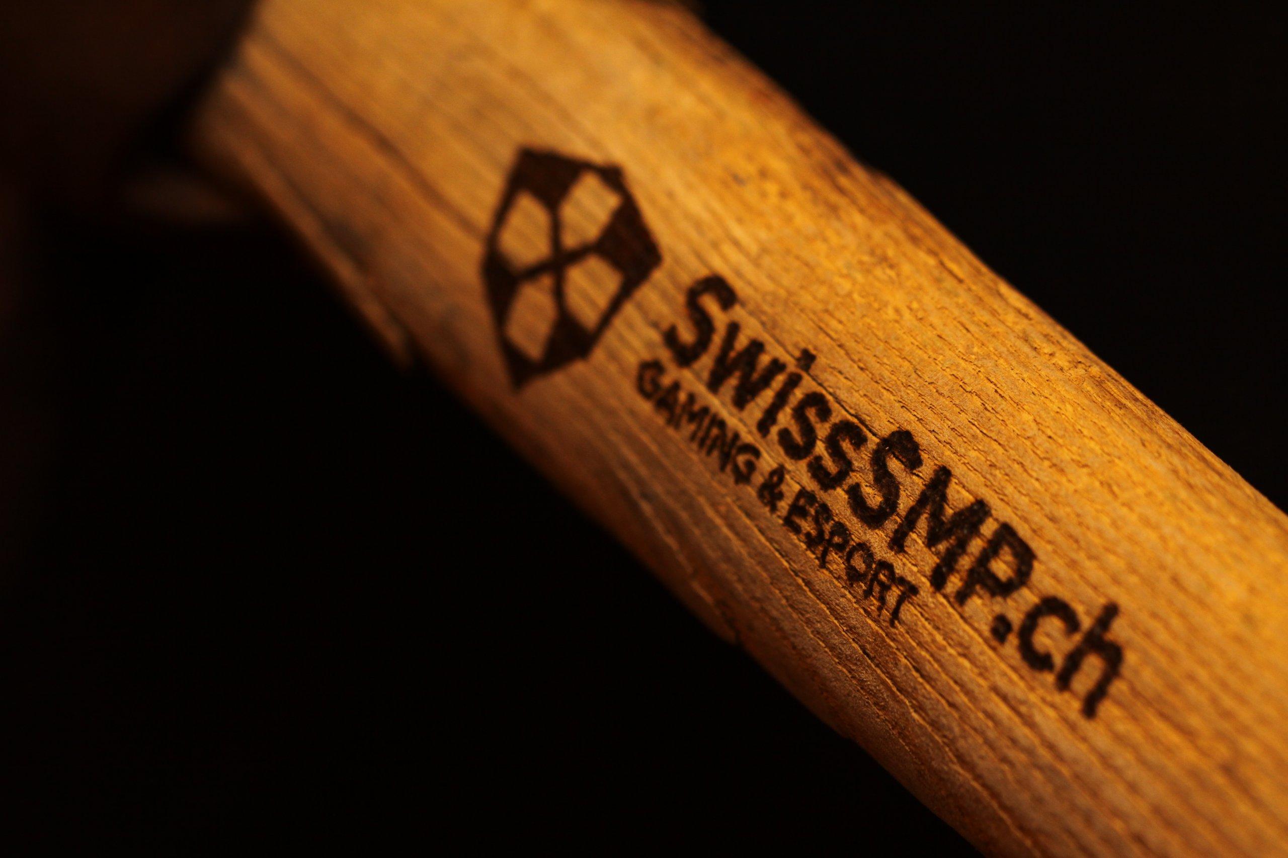 swiss-minecraft-server-pickaxe.jpg